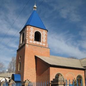 Храм Почаевской иконы Божией Матери г. Родинское.