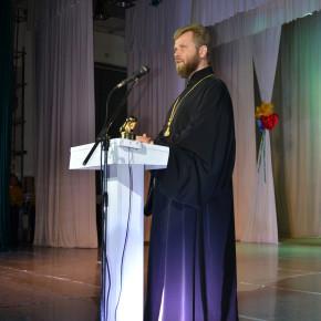Благочинный Покровского округа поздравил медиков Покровска с профессиональным праздником
