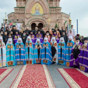 Благочинный Покровского округа принял участие в хиротонии архимандрита Спиридона (Головастова) в епископа Добропольского.